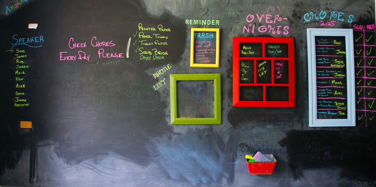 chalkboard-sober-house-expectations-banner