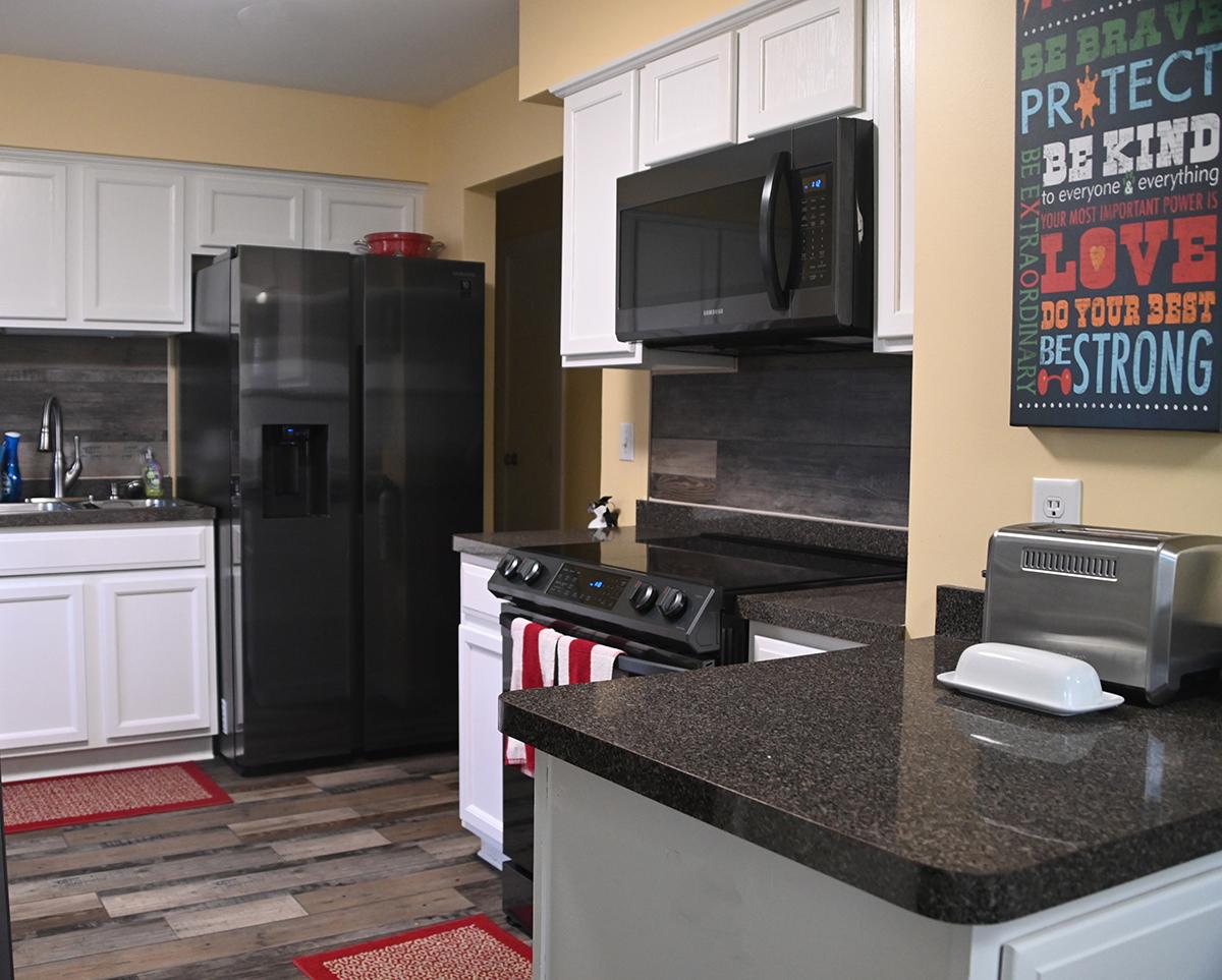 saint-paul-spirit-house-sober-living-white-bear-house-kitchen-3