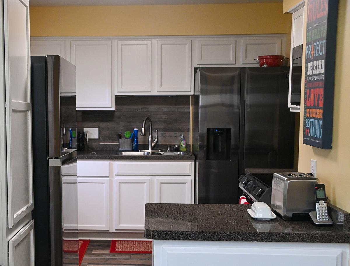 saint-paul-spirit-house-sober-living-white-bear-house-kitchen-4